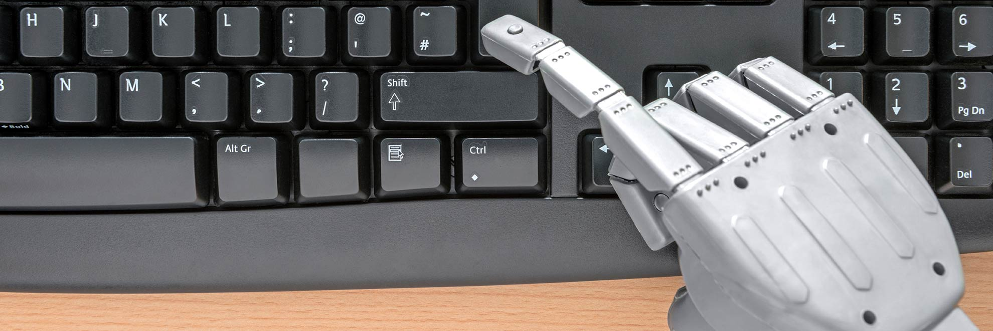 robot-hand-using-keyboard